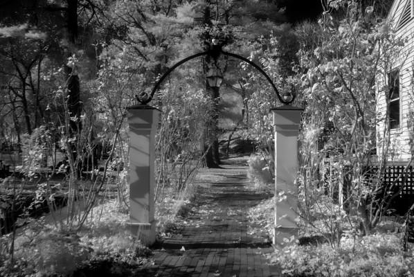 Whittimore Robbins Gate, Arlington, MA
