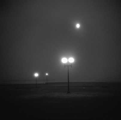 09_Untitled_(streetlamps)