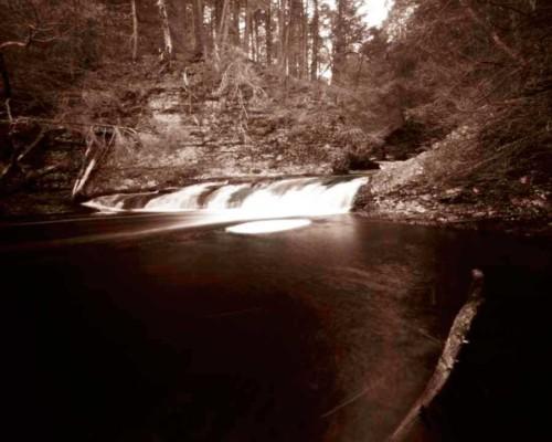 10_Mother-Nature's-Eisle_Ramondskill-Falls_Roak